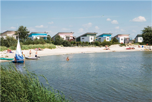 Makkum beach resort